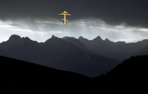 Tribulations, gloomy mountain and the Holy Cross
